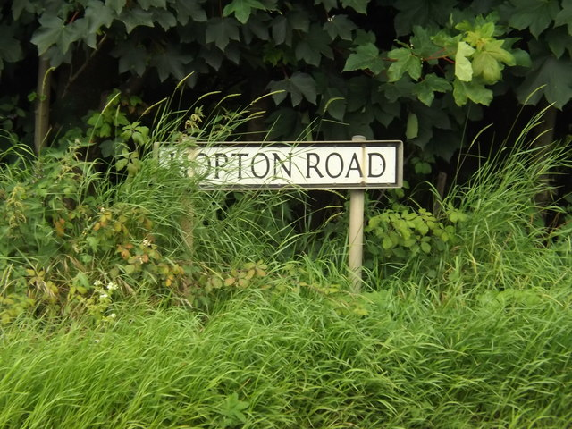 Hopton Road sign