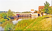 SO8832 : Tewkesbury 1995: Mill Avon and Weir by Ben Brooksbank
