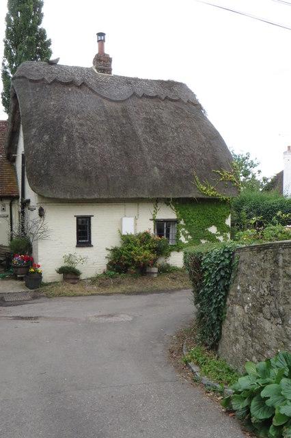 Picturesque cottage in Hillesden Hamlet