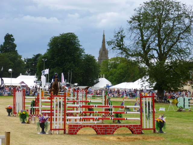 Show jumping in the main ring - Heckington Show 2016