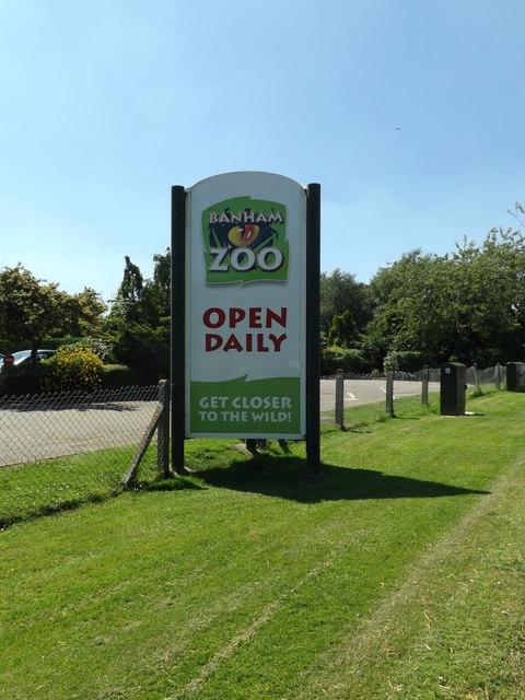 Banham Zoo sign