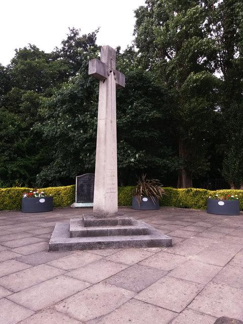 War memorial, Bridge Road, Leeds