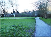 SO8454 : A frosty January morning in Cripplegate Park, New Road, Worcester by P L Chadwick