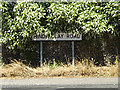TM0375 : Hinderclay Road sign by Adrian Cable