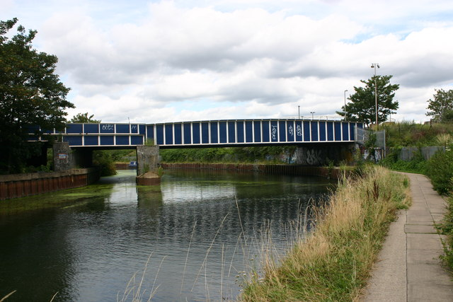 Bridge carrying Bow Goods branch