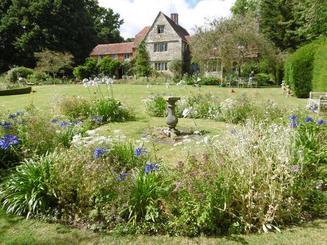 King John\'s Garden near Etchingham © Marathon cc-by-sa/2.0 ...
