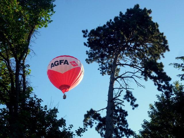 Early morning ballooning
