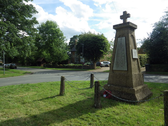 War Memorial, Priors Marston