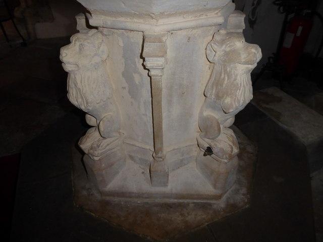 St. Margaret, Topcroft: font (VI)