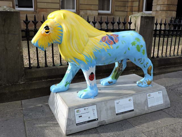 Pride of Paisley lions