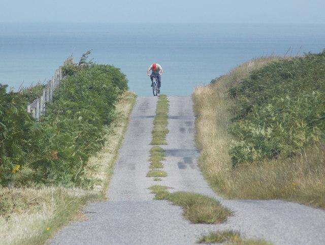 Lagg: cyclist on the A846