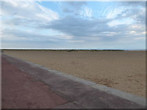 TG5307 : Looking from Great Yarmouth Seafront towards some wind turbines by Basher Eyre