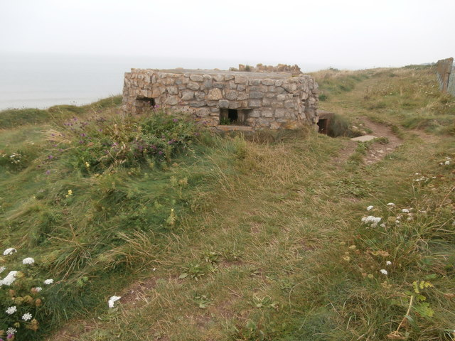 Pillbox near Tresilian Bay