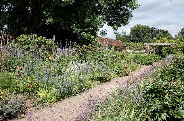 Garden walk, Barrington Court