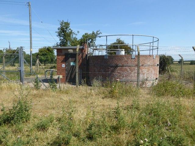 Sewage treatment works, Pirton