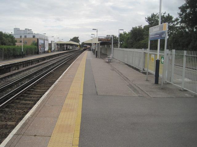 Earlsfield railway station, Greater London