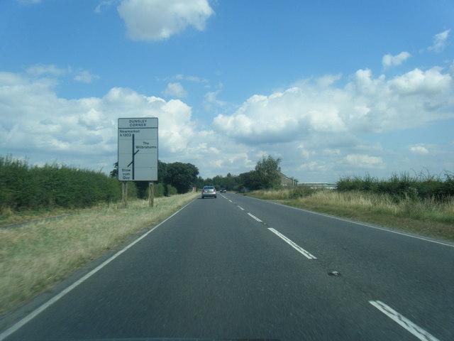 A1303 nears Dunsley Corner