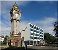 SX9193 : Clock and College by Des Blenkinsopp