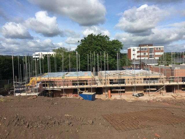 Newcastle-under-Lyme: houses under construction