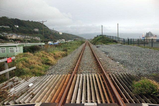 The Cambrian Line approaching Barmouth