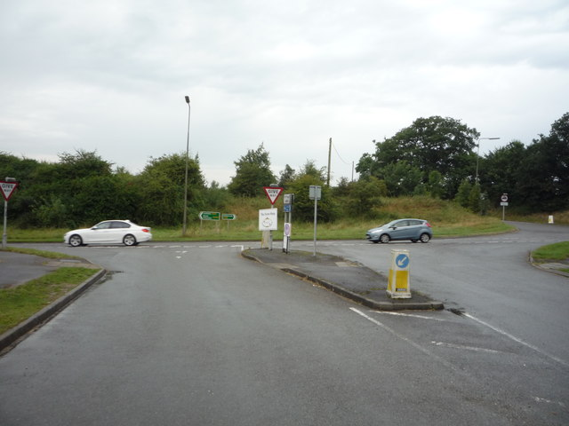 Minor road junction with the A515