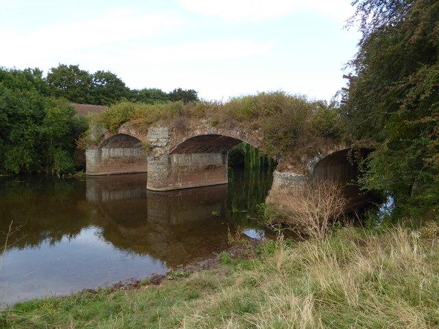 Aqueduct over the River Tone