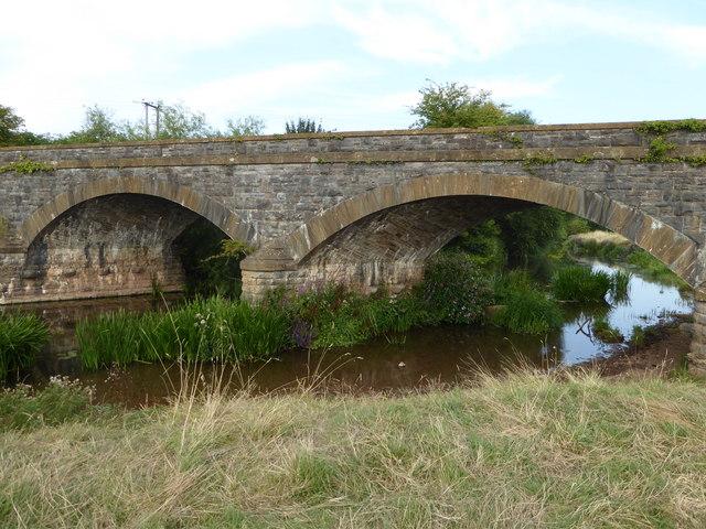 Disused railway bridge over the River Tone