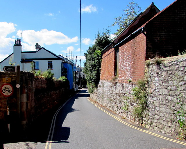 No parking in Church Road, Lympstone