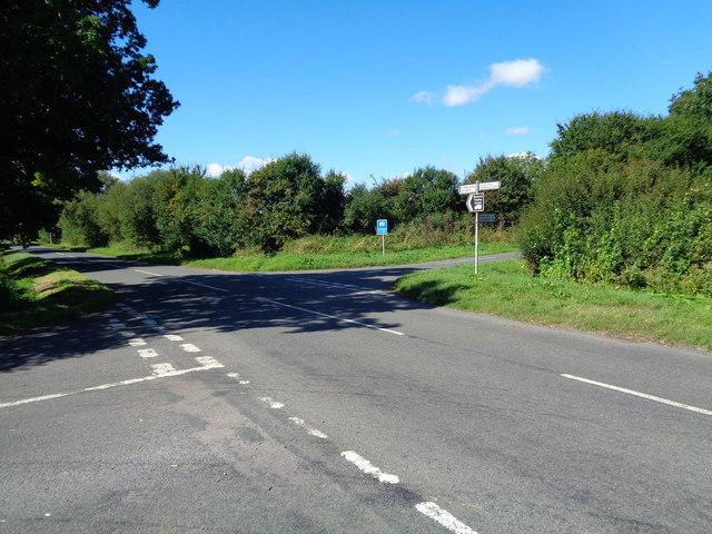 Rural road junction, Worcestershire