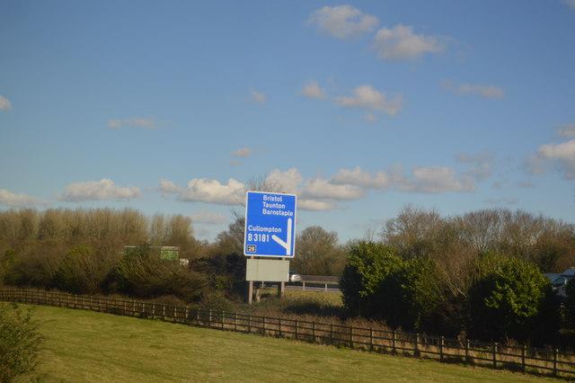 Road Sign, M5