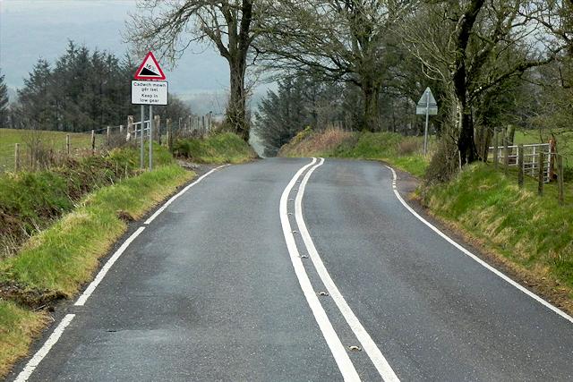 Start of Steep Hill near Llwyn-rhidyll