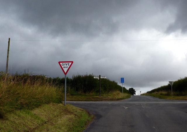 Lane junction near Bonby
