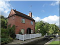 SP4746 : Lock keeper's cottage, Cropredy by Basher Eyre