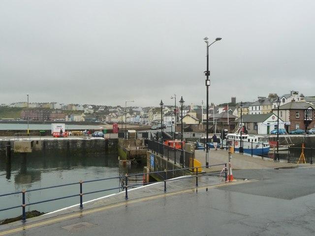 Footbridge starting to open, Peel Harbour