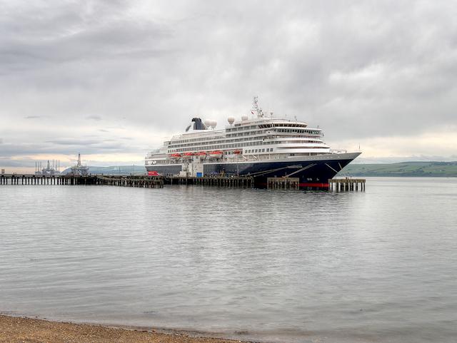 MS Prinsedam at Admiralty Pier
