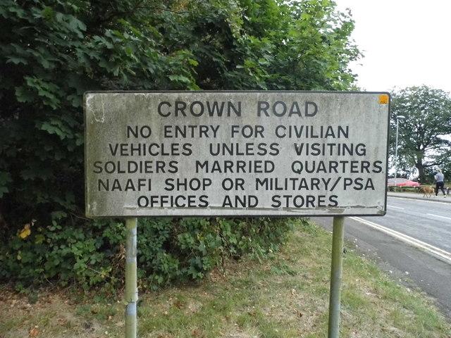 Sign on Middle Road, Aldershot
