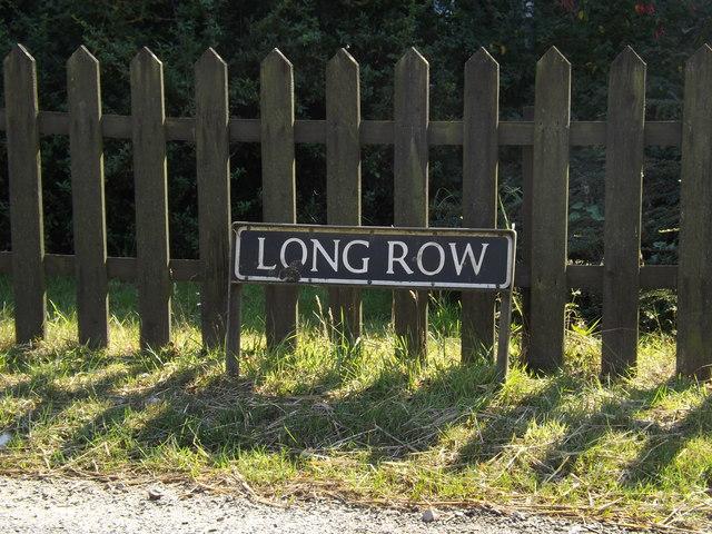 Long Row sign
