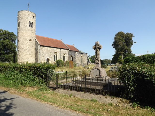 St.Mary's Church & Gissing War Memorial