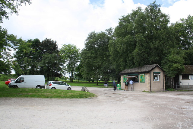 Tea hut and car park beside A683 Bull Beck Bridge