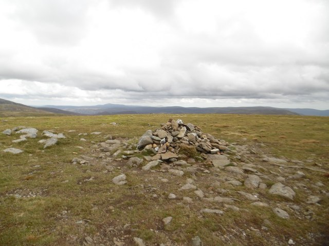 Tom Buidhe summit cairn