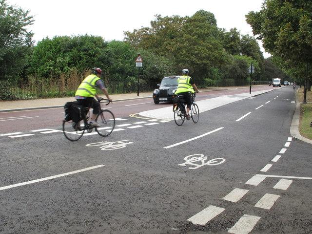 East-west Cycle Superhighway CS3 in Hyde Park