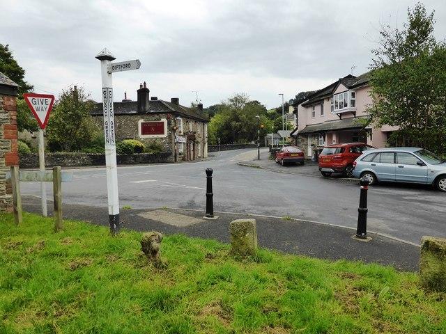 Road junction at Church Green, Harbertonford