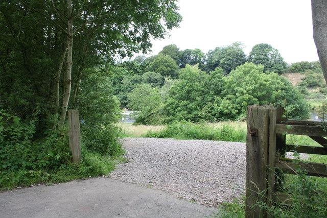 Gateway from cycle path approaching Halton