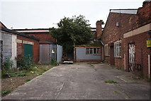 TA0828 : Building on Anlaby Road, Hull by Ian S