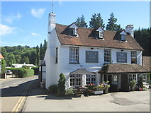 SU7682 : The Little Angel, Henley-on-Thames by Peter S