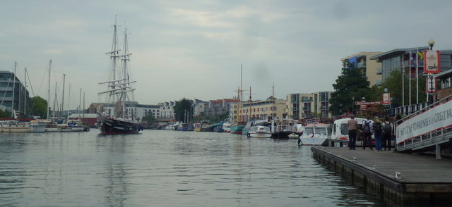 Around Bristol Harbour, 20