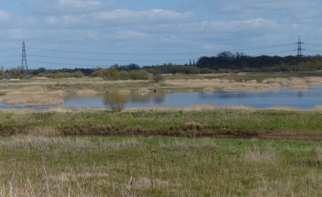Flooded gravel pits at Langford Lowfields