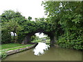SP4811 : Former rail bridge and Drinkwater's lift bridge, Oxford Canal by Vieve Forward