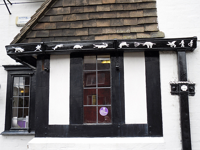 Decorative guttering at the Spinners Arms