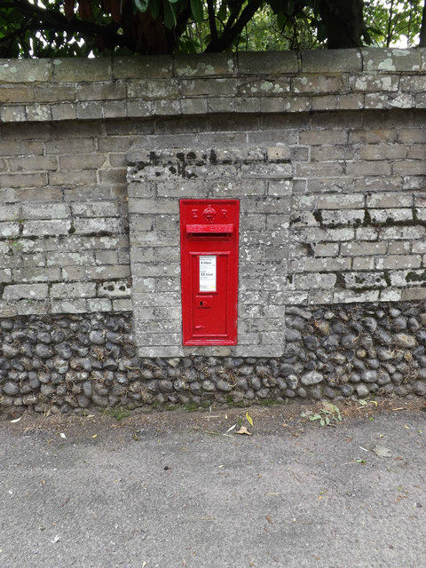 Stanton Farm Edward VII Postbox